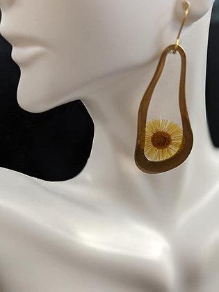 Single Drop Daisy Earrings
