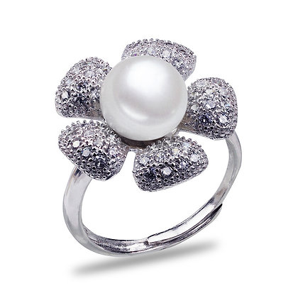 Floral Round Pearl Ring
