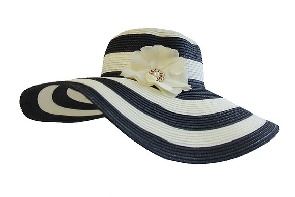 Classic black & white stripe hat