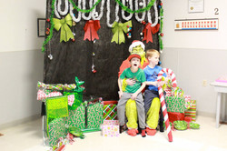 Grinch Candy Cane Hunt