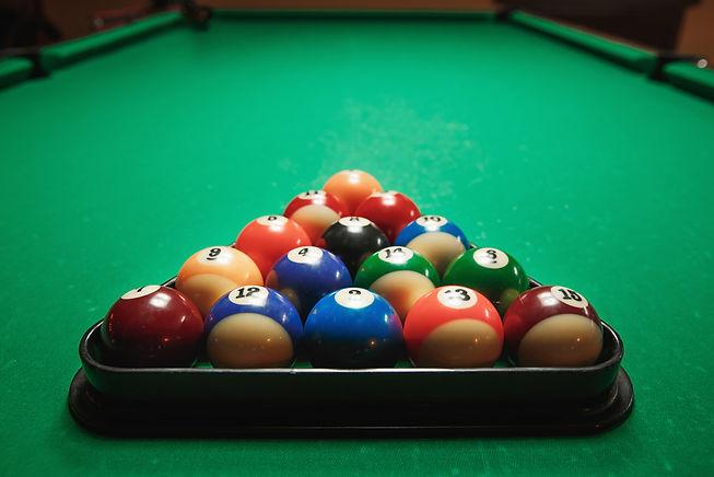 billiard-1000x667.jpg