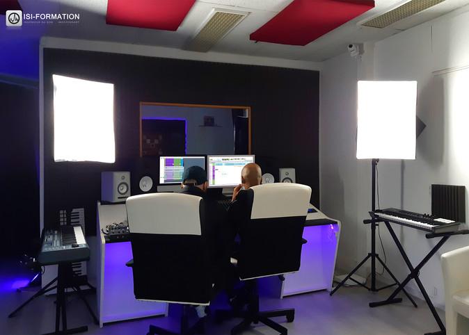 Fy Studio