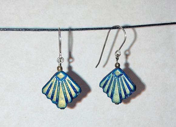 Vintage Scalloped Glass Earrings