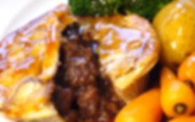 Steak_pie_with_veg_and_gravy_edited.jpg