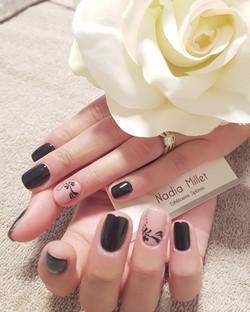 nail art noir
