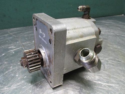 """Parker Dowty 1MR015C 8304 60 40689 Hydraulic Gear Pump 1/2"""" NPT"""