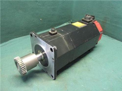 Fanuc A06B-0147-B675 Servo Motor 2,000 RPM 3 Phase Model Q22/2000 157 Volt