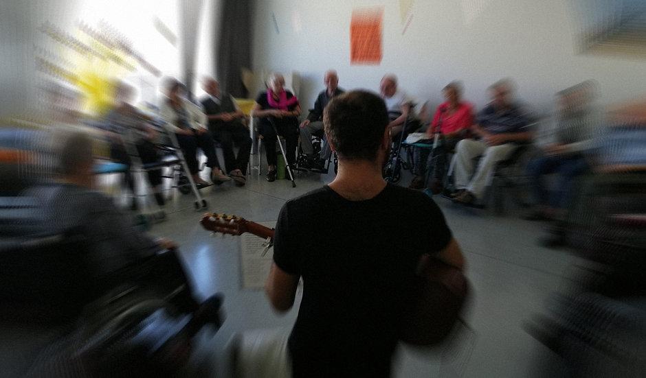 Riccardo Parenti Musicoterapeuta.jpeg