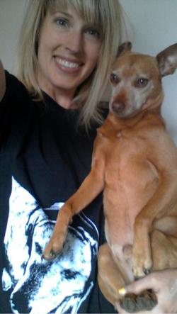 Julie and Watson Franny Shirt.PNG