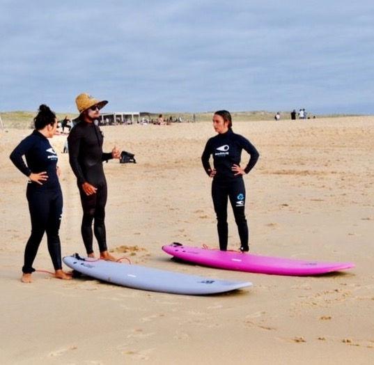 Cours de surf Privé 3 personnes
