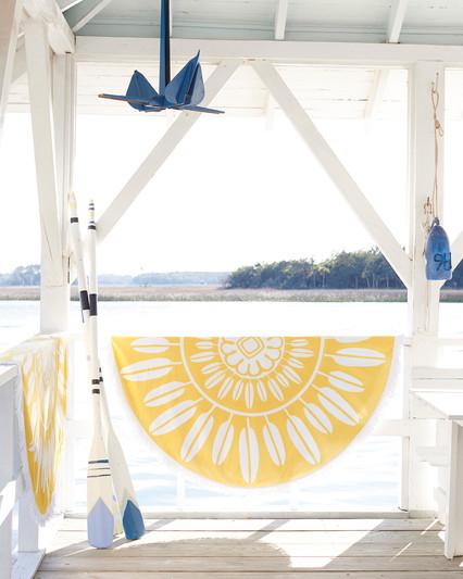 CAT_Beach_Towels-1445_Crop_BASE.jpg