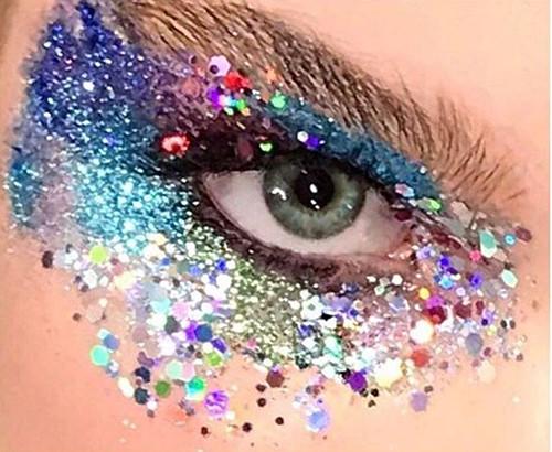 Eye glitter.jpg