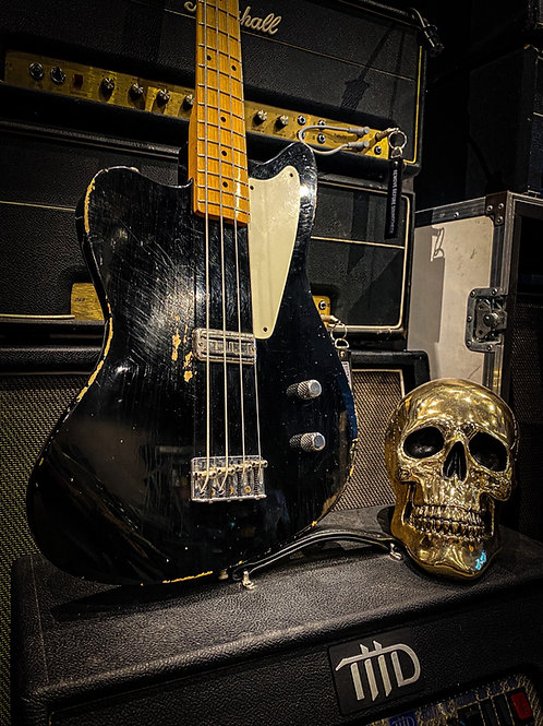 Fender Custom Shop la Cabronita Borracho Bass