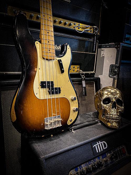 Fender precision reissue '59 Roadworn