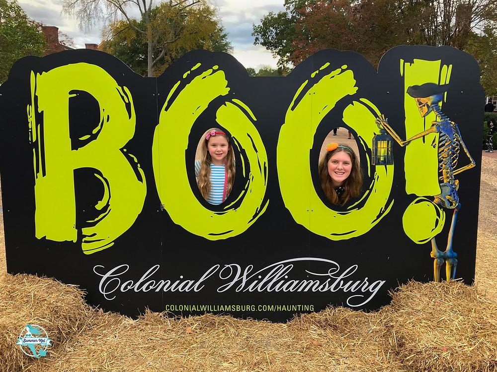 The Girls Had Fun in Colonial Williamsburg