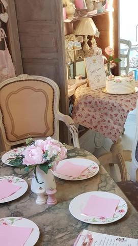 Carolina's Petit Café