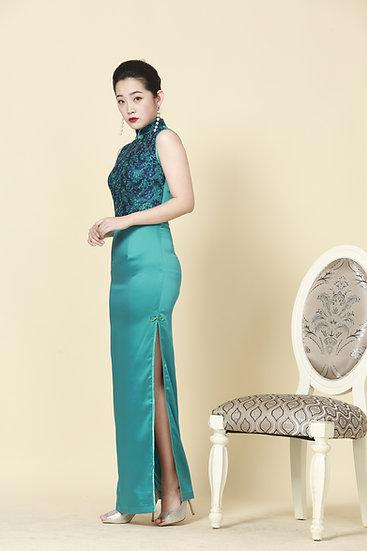Emerald Queen Chantilly Lace Silk Cheongsam Gown