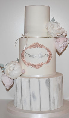 Lace and Flowers Cake