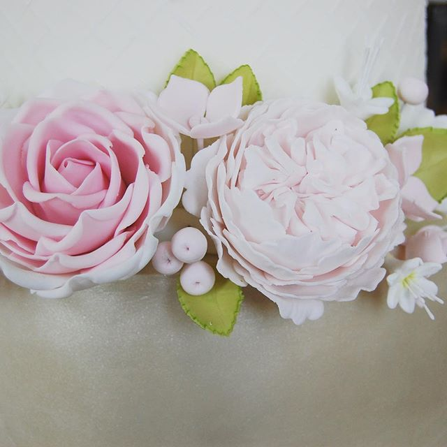 Beautiful pastel flower arrangement
