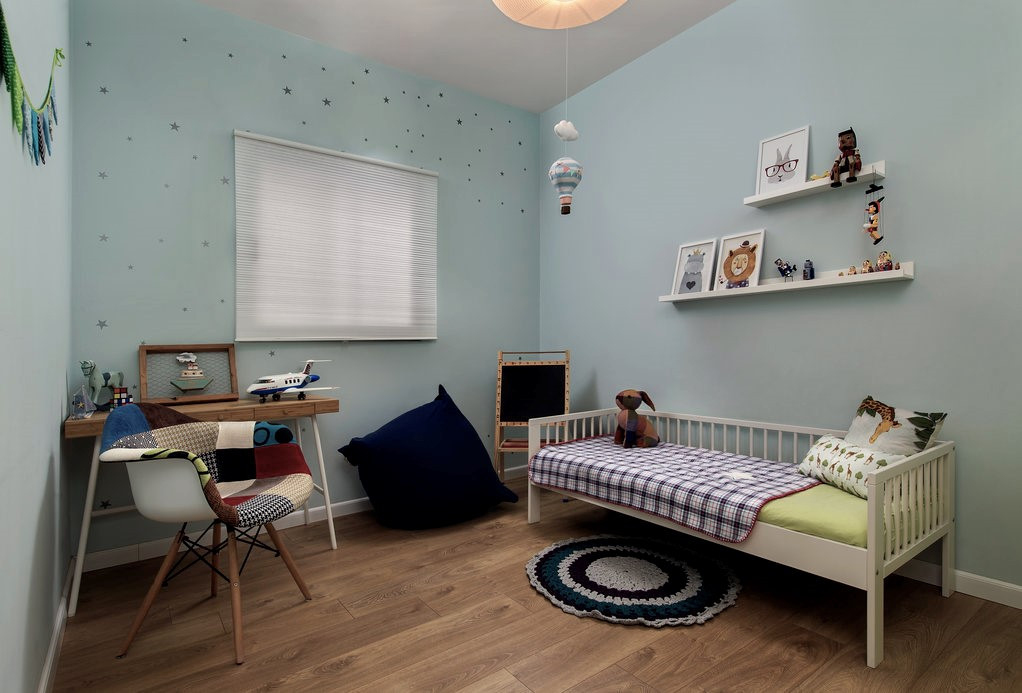 חדר ילדים 2.jpg