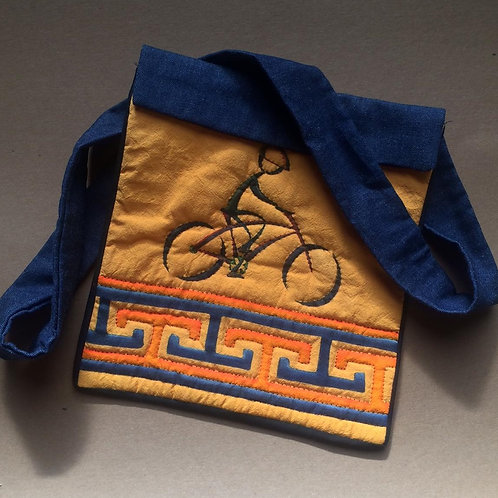 Bicycle shoulder bag
