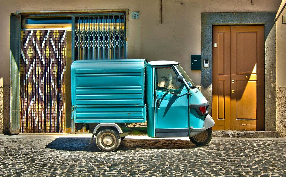 Blue Delivery Van | Belle & Eve Gifts |