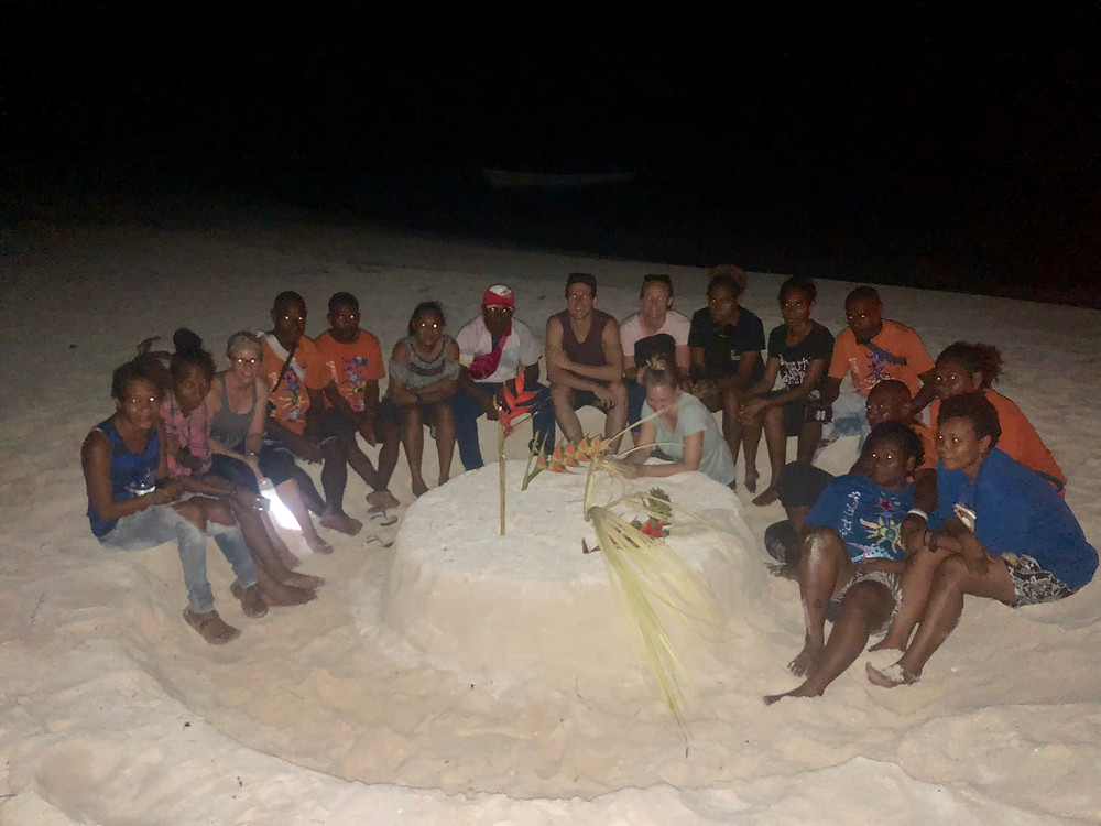 A sand cake to bid us all farewell