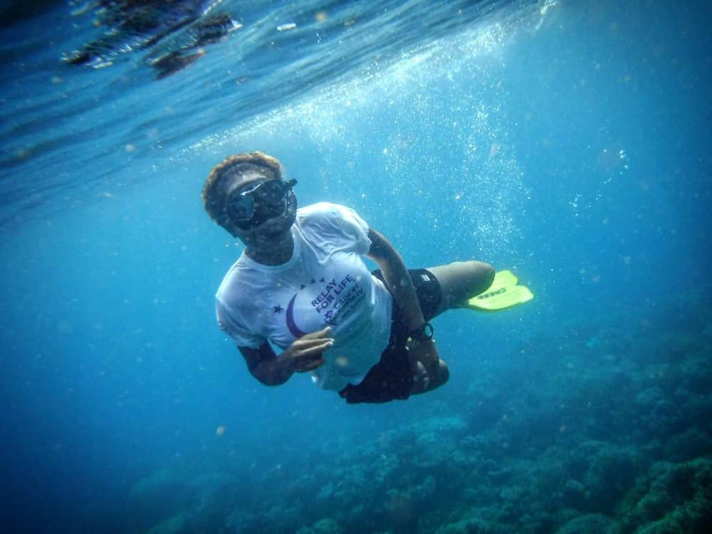 Martha shows us her comfort zone underwater