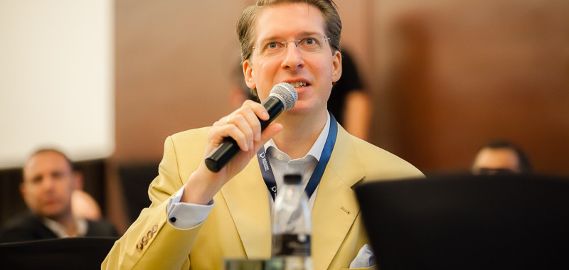 FIBEP-Dubai-2014-Day-2-Conference-Web-800px-8682.jpg