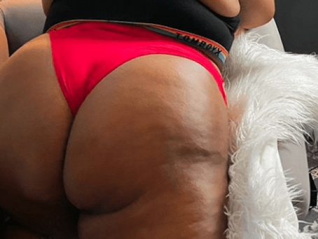 LIZZO OPENS UP A SECRET ONLYFANS ACCOUNT SHOWING NAKED PHOTOS