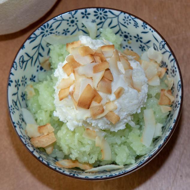 Coconut Ice Cream (Kem Dừa)