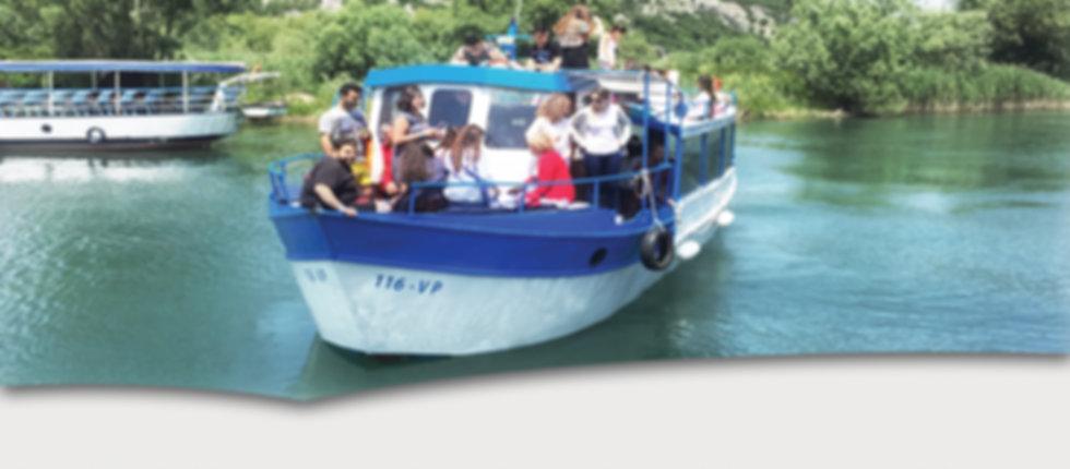 Group boat trips at lake skadar
