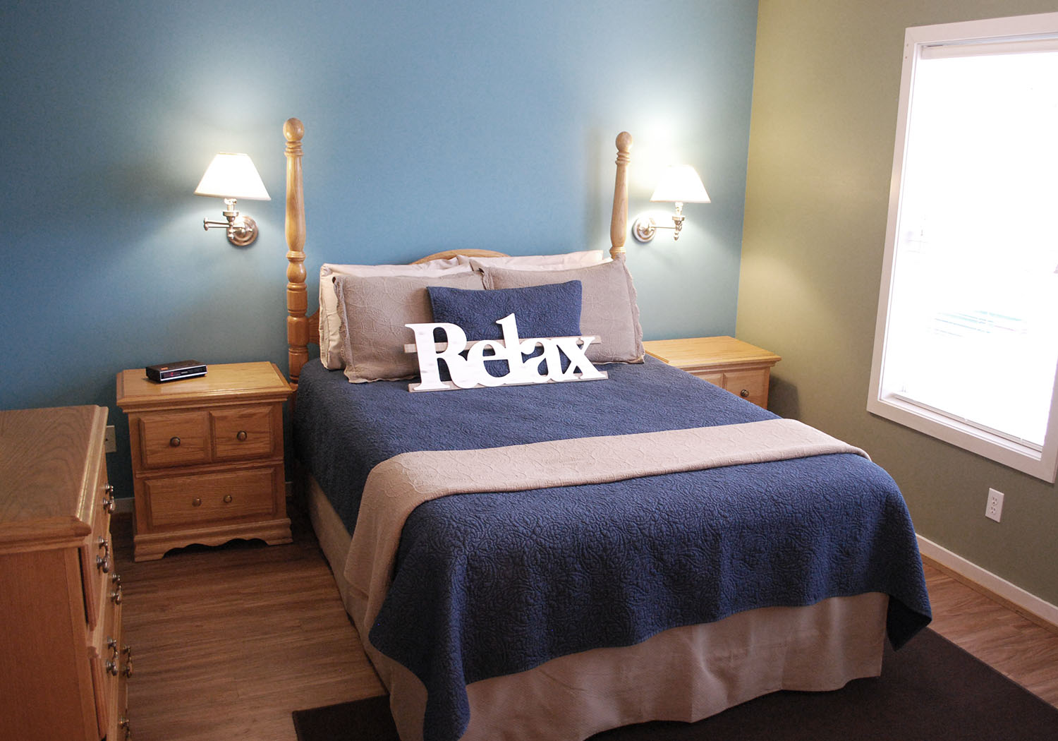 oak lawn bedroom queen