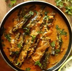 Bhindi Salan (Tangy Okra curry)