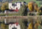 Schloss Goldegg gespiegelt.jpg