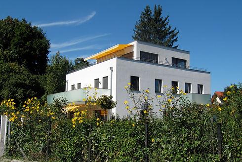 Haus Karl-Roll-Str.jpg