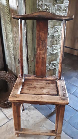 Antieke chinese stoel