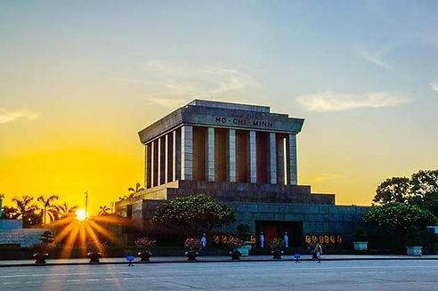 Ho-Chi-Minh-Mausoleum-.jpg