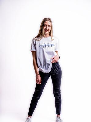 Kathi mit weißem Shirt-3.jpg^fertig.jpg