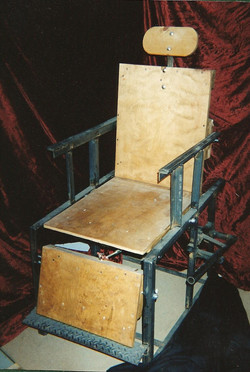 Trick Barber Chair