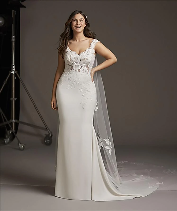 Sample Sale: Pronovias Atlas