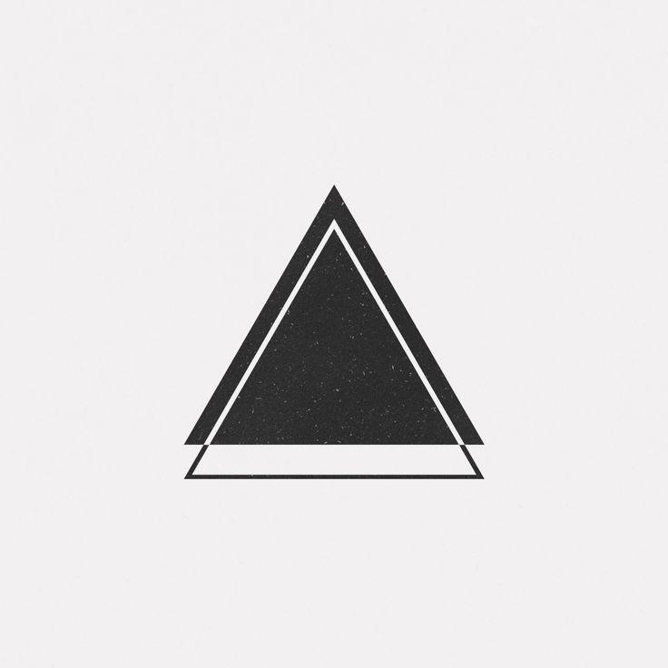 b6625ebc0cd967aa1a4660daf1917f2a--triangle-tattoos-geometric-tattoo-triangle