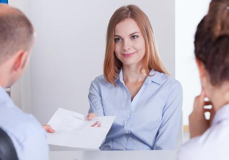 5 Ways Dental Recruitment Services Minimize Risk in Your Staffing Search