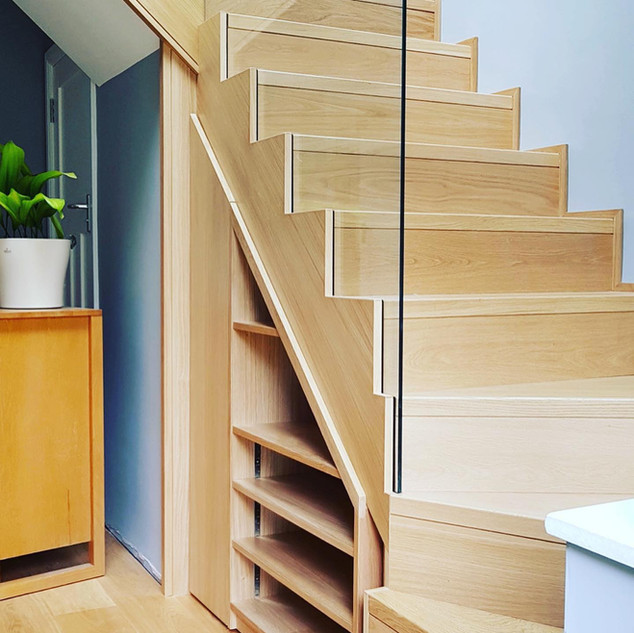 Set in glass / solid oak stairs