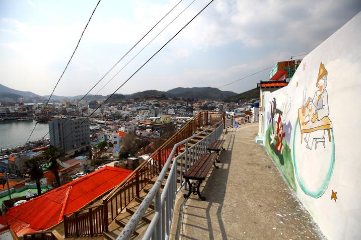 Dongpirang Village 4.jpg
