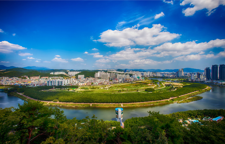 Taewha River.jpg