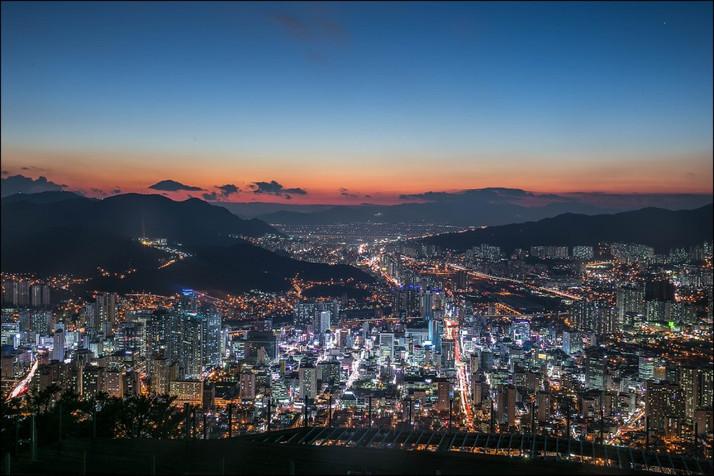 Hwangryeong Mountain.jpg