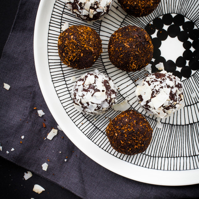 Chaga chocolate truffles (makes 8 truffles)