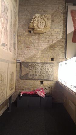 salle des tombes Mini flamant