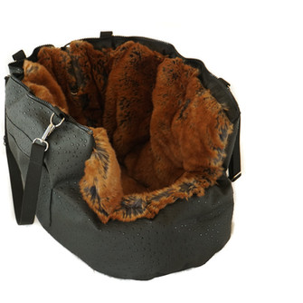 Hundetasche.jpg